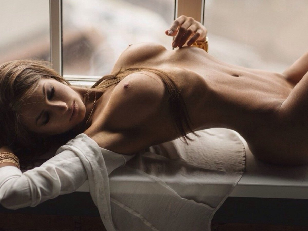 Free Mobile Sex Shows: Best Cam Sites With Horny Girls